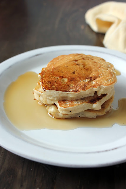 Easy Banana Pancakes by freshfromthe.com