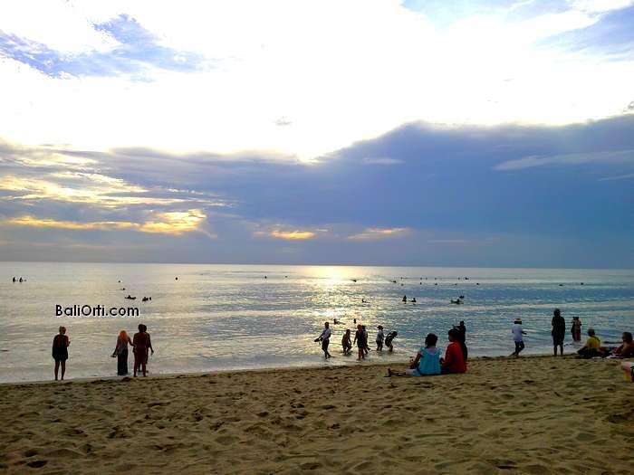 Kuta beach sunset, week of April 21, 2013
