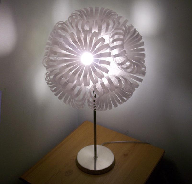 Decoraxpoco lamparas originales reciclando - Lamparas originales ...