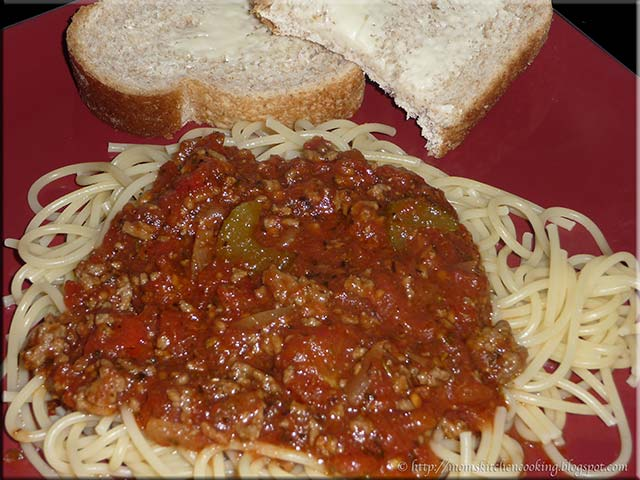 Mom's Cafe Home Cooking: Homemade Spaghetti Meat Sauce