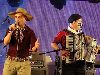 Grupo Tchê Guri na Festa Nacional da Música de 2015.