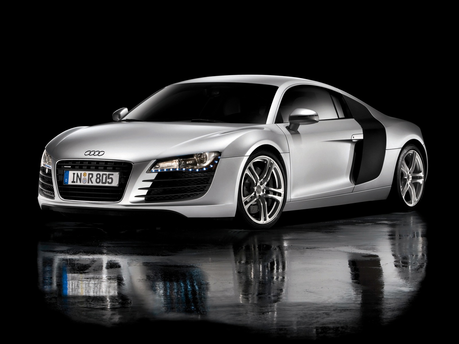 cars news and images new audi r8. Black Bedroom Furniture Sets. Home Design Ideas