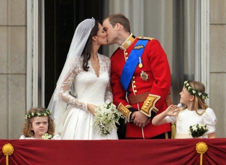 Целувката на Кейт и Уилям