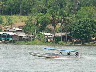 Village Brésilien en face de Saint Georges