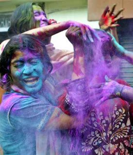Happy-Holi-Festivals-2012-Wallpapers