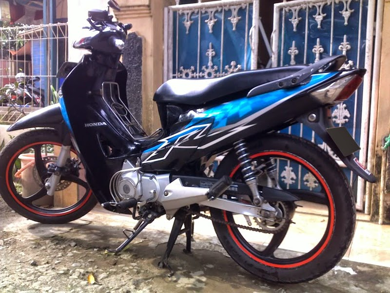 Top modifikasi motor honda karisma