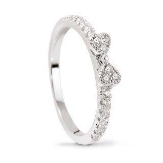 srebrny pierścionek z kokardką i cyrkoniami W.KRUK stylowy prezent na Boże Narodzenie 2015