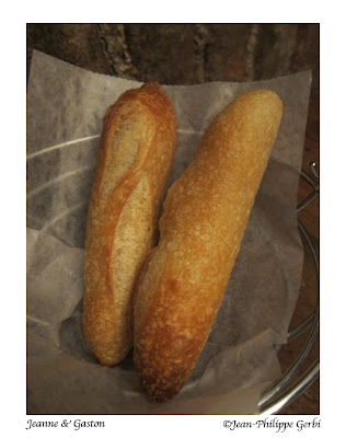 Image of bread at Jeanne et Gaston in NY, New York