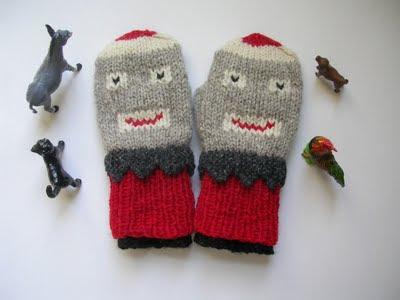 Knitting Pattern For Sock Monkey Mittens : FREE KNITTING PATTERN SOCK MONKEY MITTENS - VERY SIMPLE FREE KNITTING PATTERNS