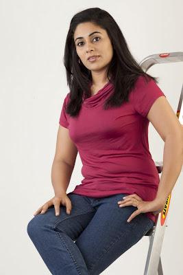 lakshmi menon spicy actress pics