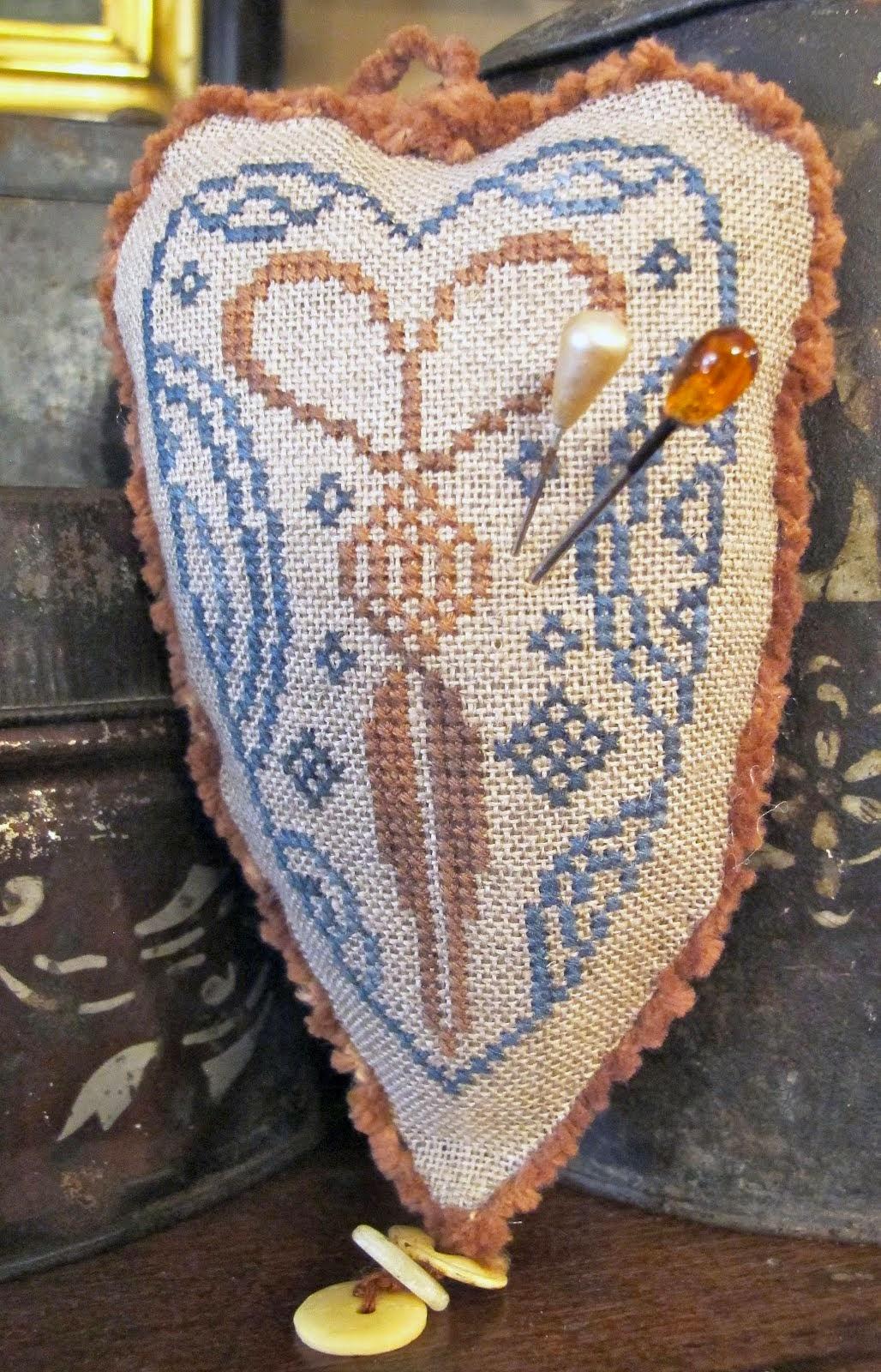 Quaker Scissor Heart ~ $7.50