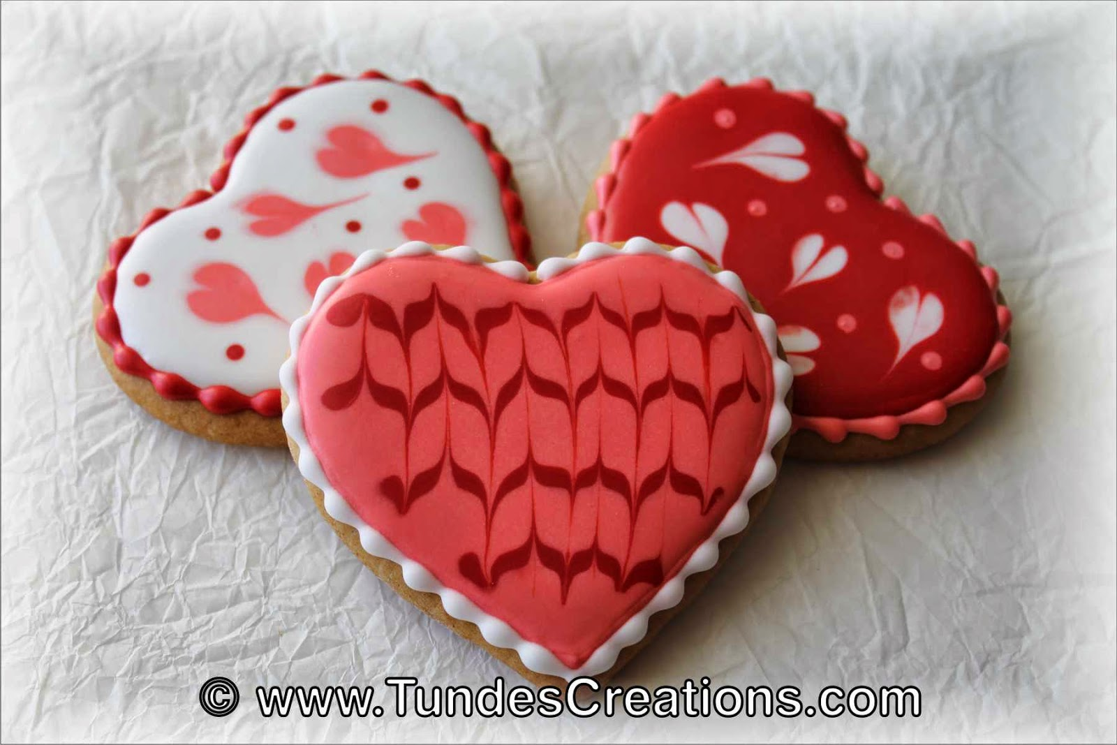 valentines cookies with wet on wet technique - Decorated Valentine Cookies