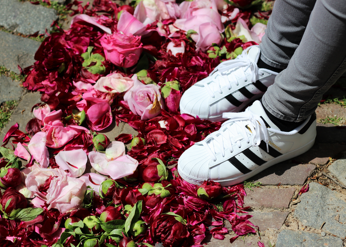 vallen adidas superstar schoenen groot of klein