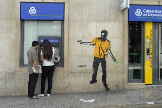 Los abusos de la banca española - Manos Arriba - documental