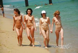 Hot Naked America 30