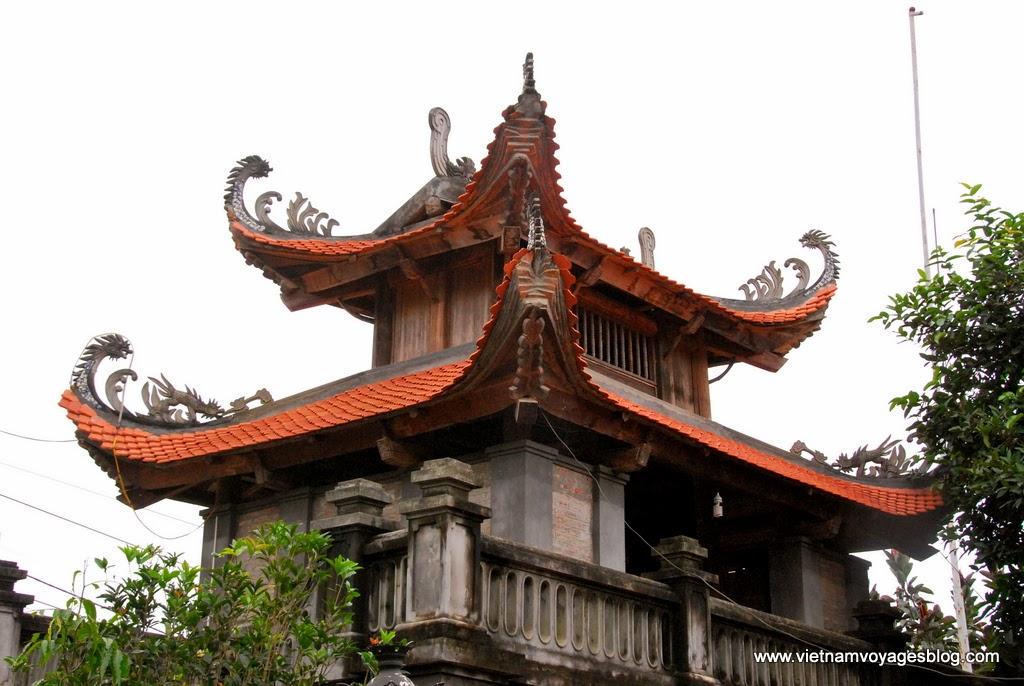 Thăm đền Bắc Hà ở thị trấn Bắc Hà, Lào Cai