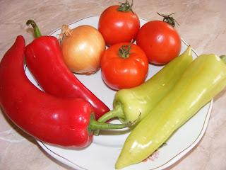 legume, retete cu legume, legume pentru frigarui, ardei, rosii, ceapa, retete si preparate culinare cu legume, retete pentru gratar, legume la gratar,