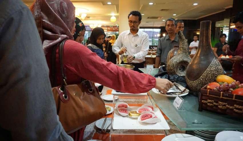 Sahur Gratis dan Buka Puasa di Hotel Mewah Semarang