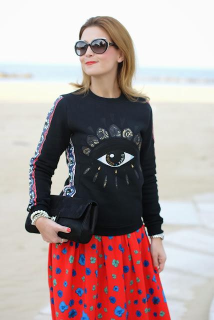 Kenzo eye sweatshirt, Asos maxi flower skirt, felpa occhio Kenzo, Fashion and Cookies, fashion blogger