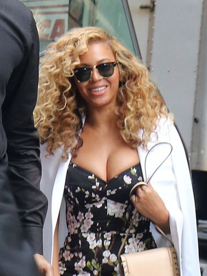 Beyonce released the neckline and we capsized
