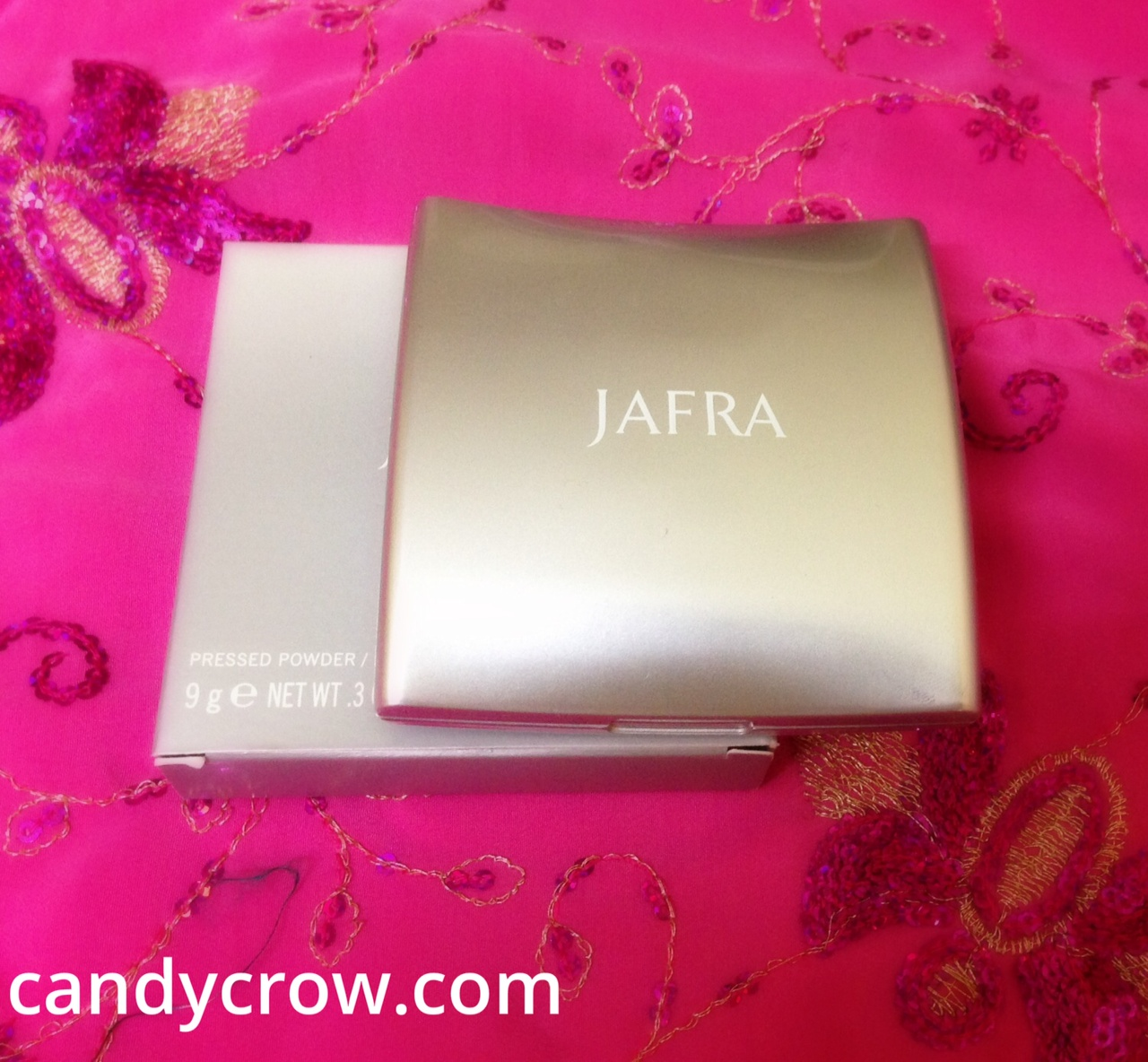 Jafra Pressed Powder Review