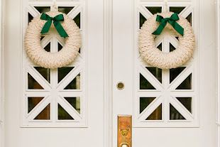 Holiday Favorites: Finger-Knit Holiday Wreath