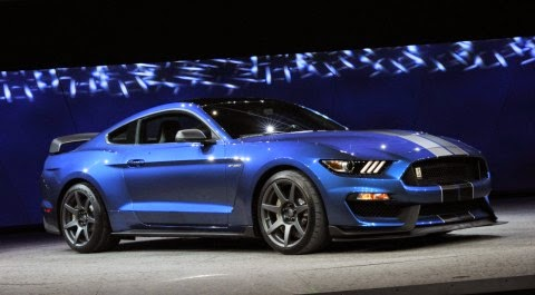 First Retail Shelby GT350R Goes for $1,000,000 at Barrett-Jackson Auction