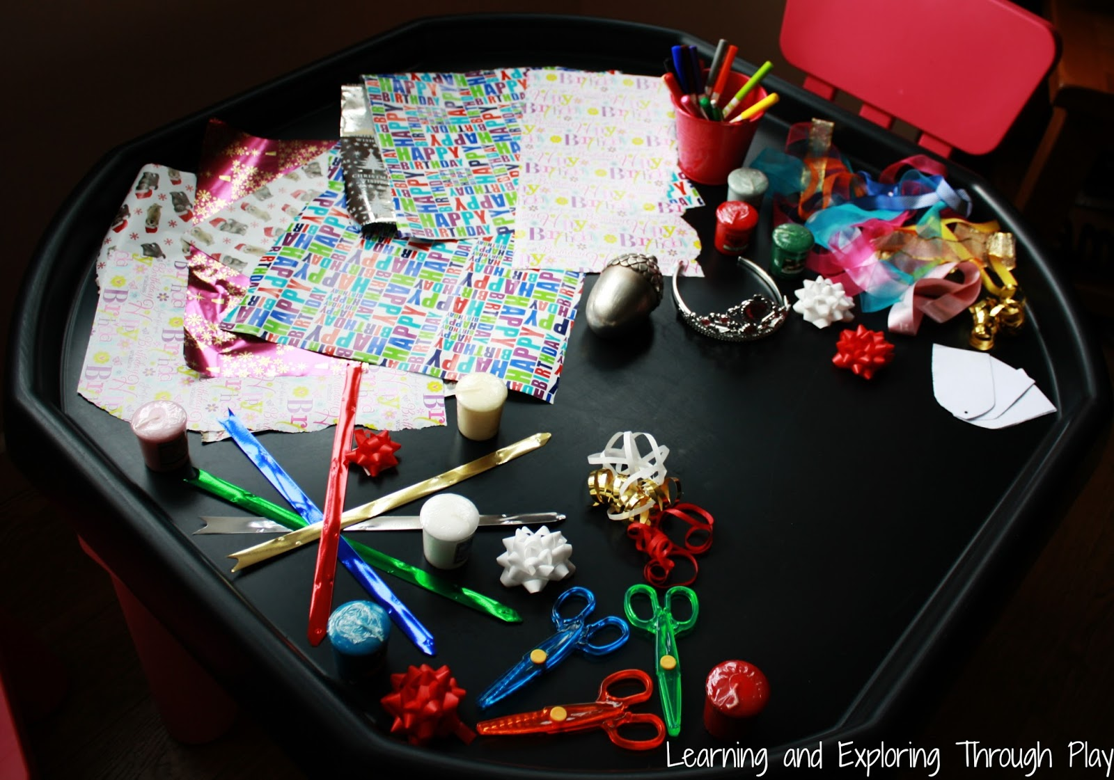 Gift Wrapping Role Play for Kids
