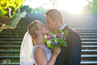 Fioletowe kolczyki ślubne sutasz