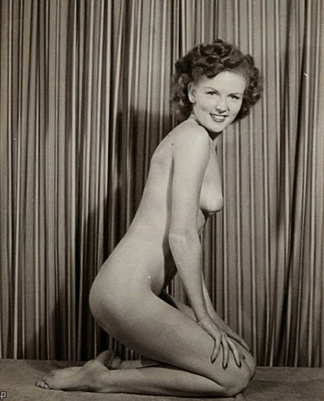 Nude photos from 1940 s