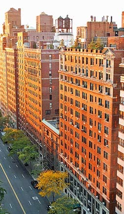 (photo of apartments - photo courtesy of Roy Googin/wikipedia)