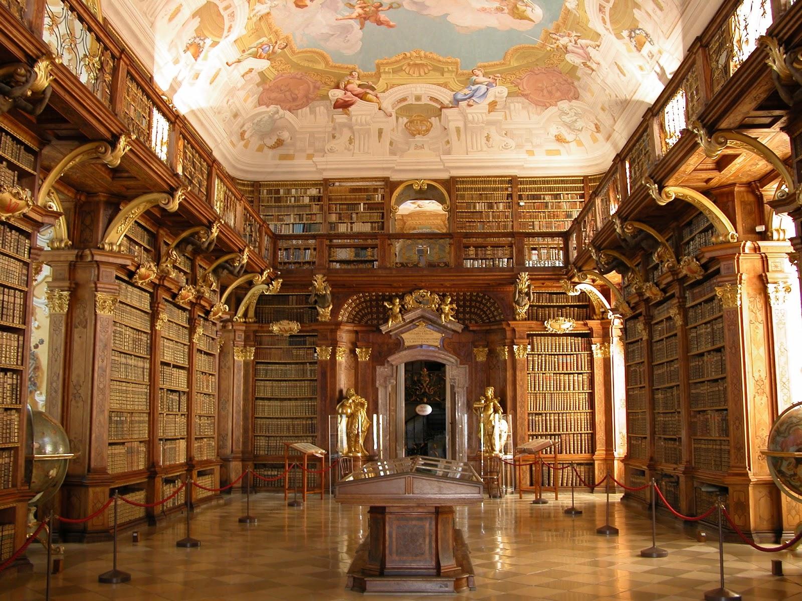 Melk_-_Abbey_-_Library.jpg