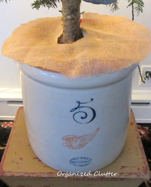Re-purposed Christmas Tree Ornaments & a Small Tree in a Crock www.organizedclutterqueen.blogspot.com