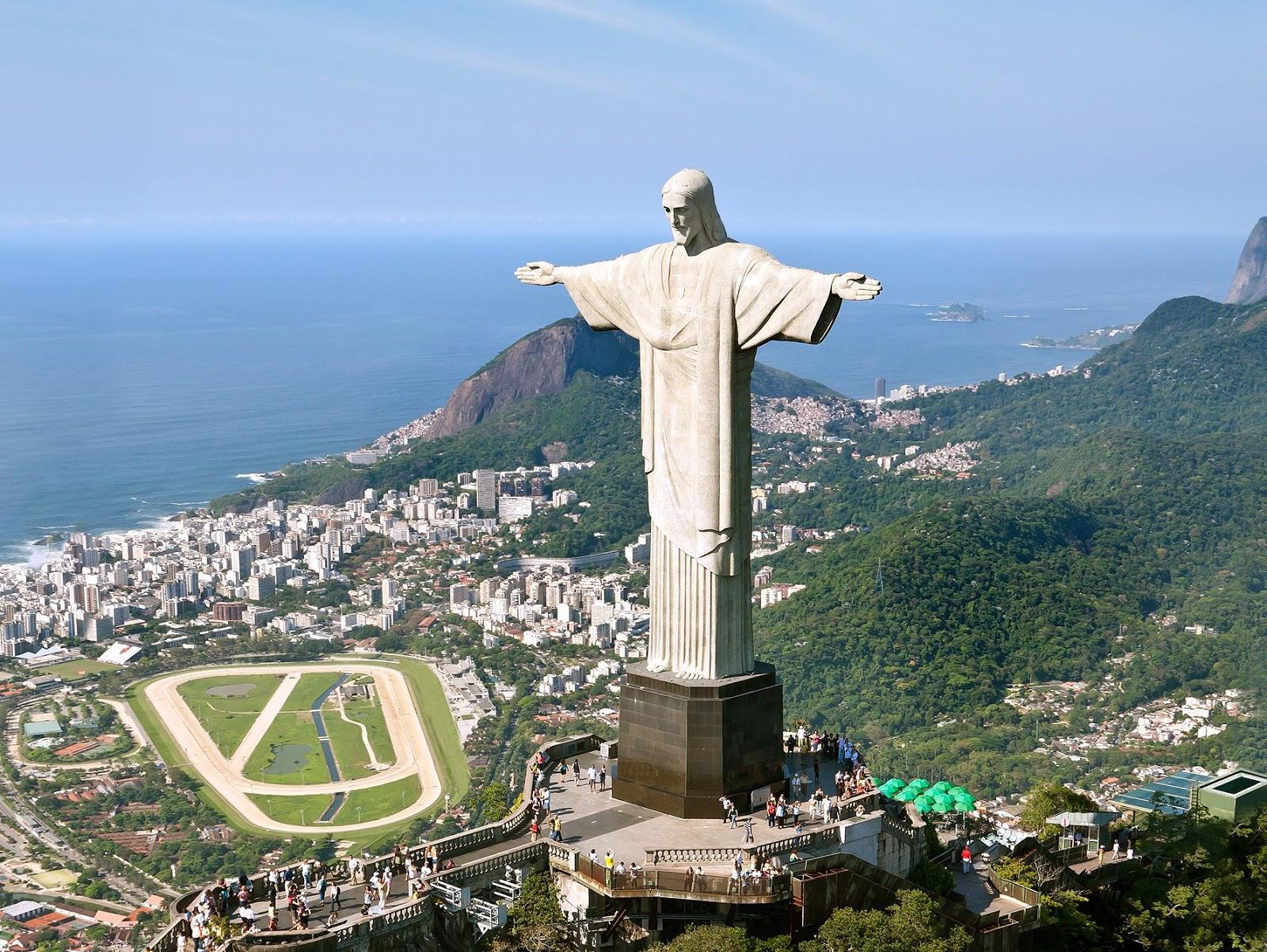 Christ The Redeemer In Rio De Janeiro Editorial Stock