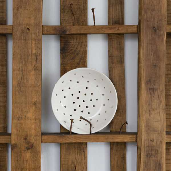 Re-Using The Italian Way - Katrin Arens pallet plate rack