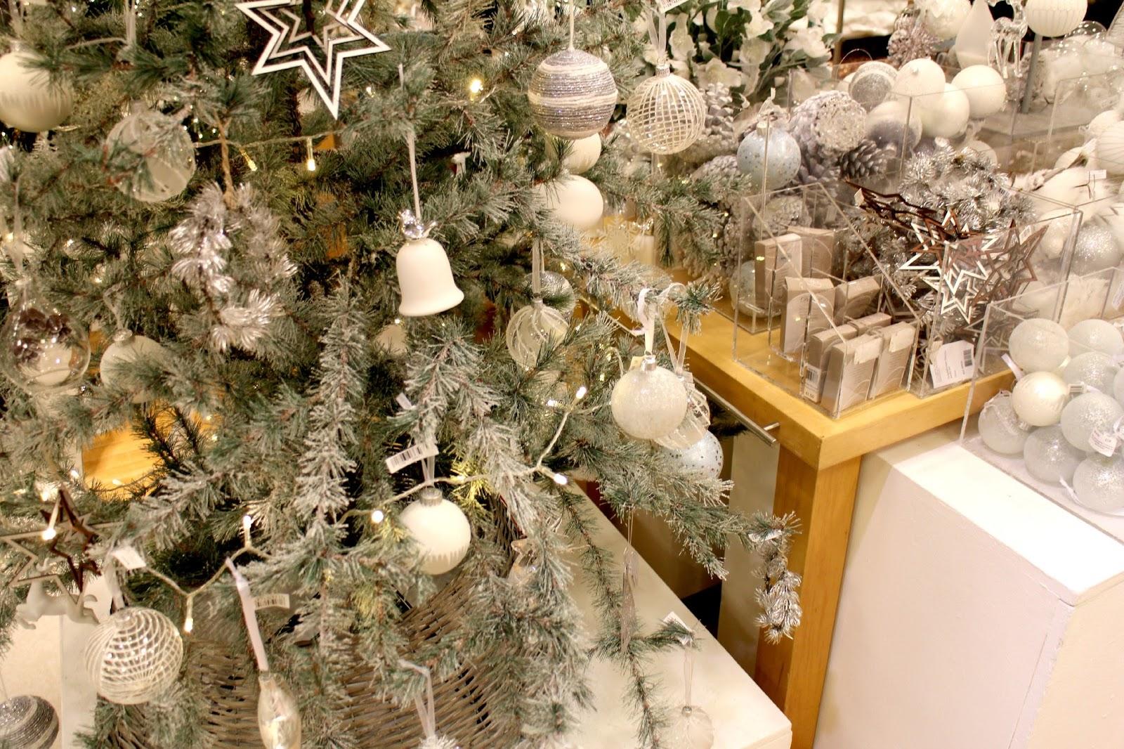 John Lewis Christmas Snowdrift