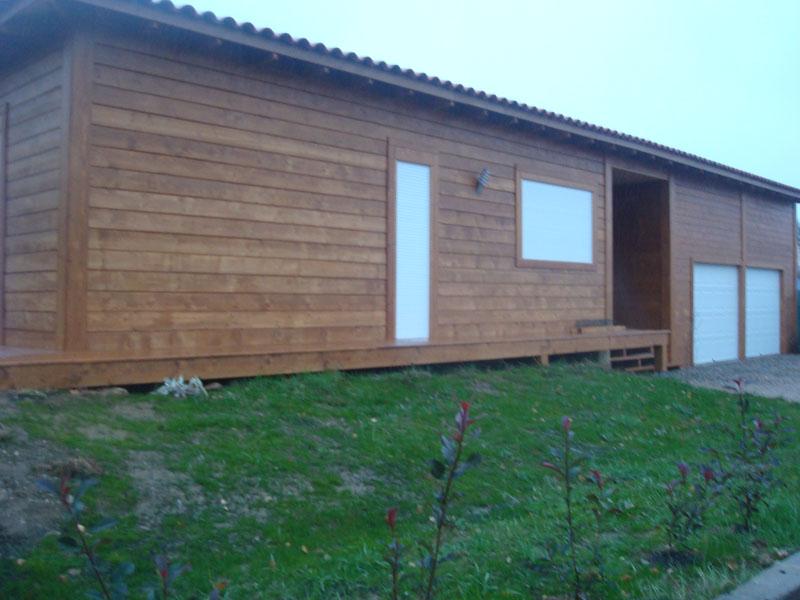 Case din lemn casa de lemn masiv foto case de lemn for Foto case americane