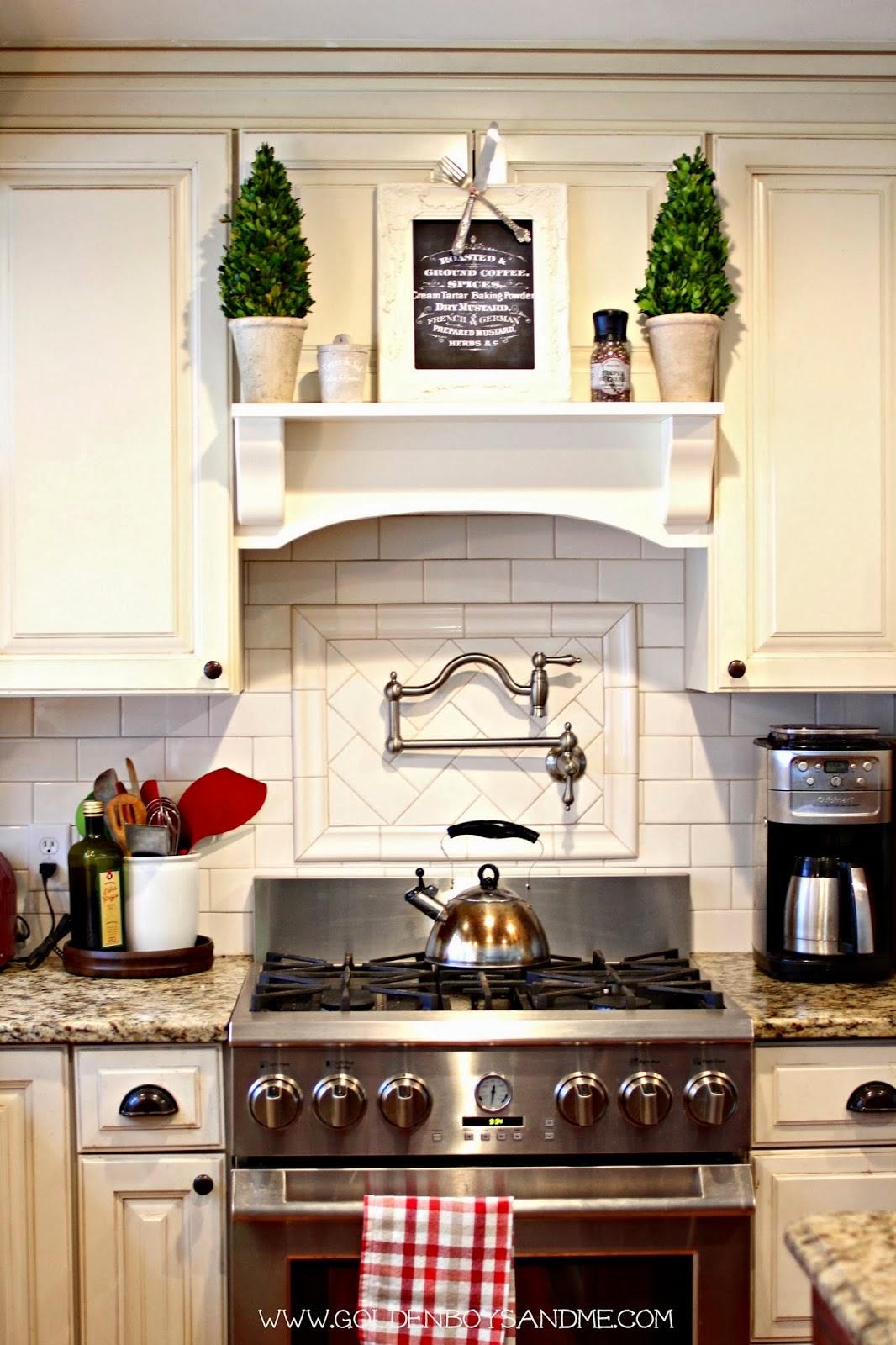 Golden Boys and Me Summer Home Tour : kitchen8 from www.goldenboysandme.com size 1066 x 1600 jpeg 274kB