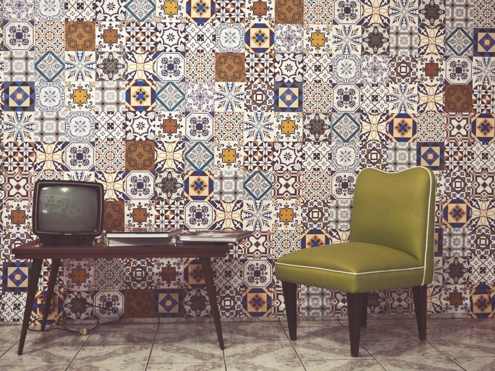 azulejos que contribuíram pra quebrar a sisudez do ambiente. Parece #966A35 1600x1200 Banheiro Com Azulejo Patchwork