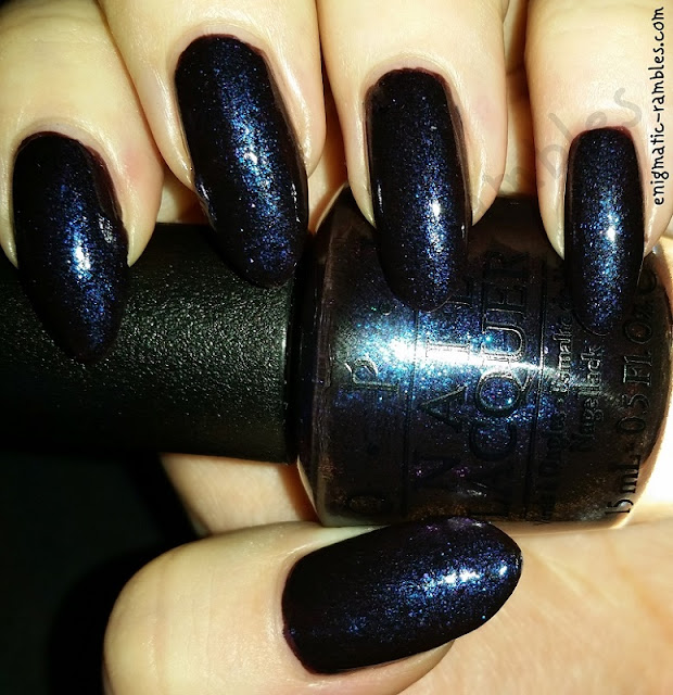 Swatch-OPI-Cosmo-With-A-Twist-nailpolish.co.uk