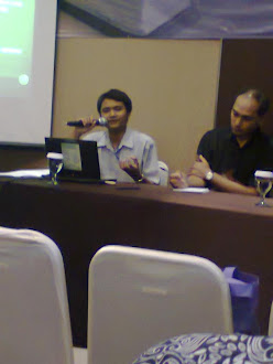 Dokomentasi Ketika Menyampaikan Makalah di SIBI 2012 Balai Bahasa Bandung