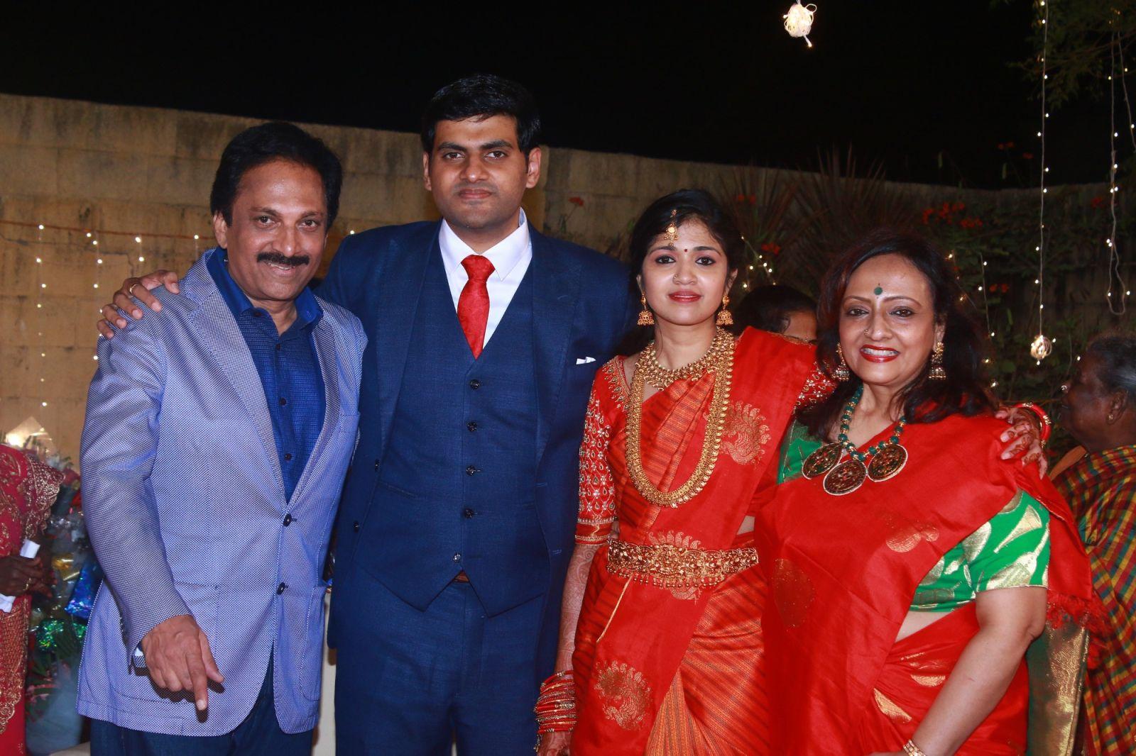 Priya raman and ranjith divorced - Chitramala Actor ranjith family photos