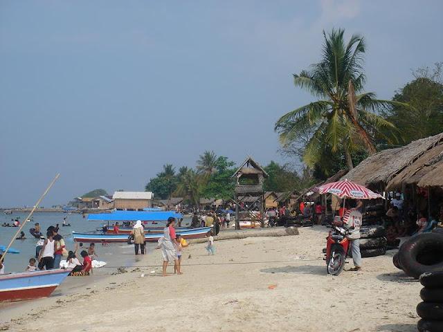 pantai mutun Tempat wisata lampung terbaik
