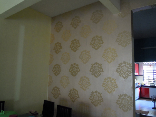 Aku dayat d i y pasang wallpaper sendiri for Wallpaper home murah