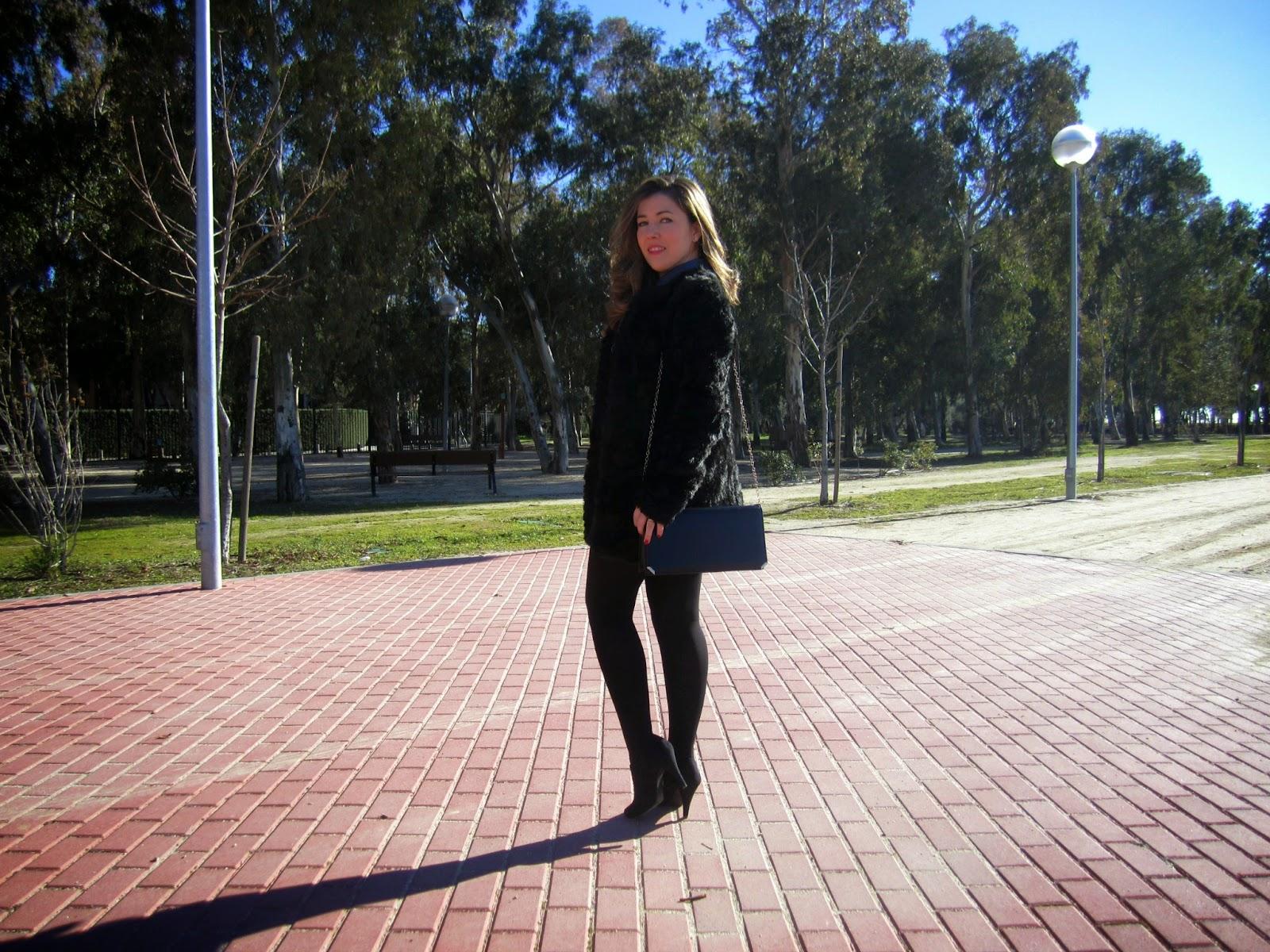 look, Esencia Trendy, outfit, luxe, Asesora de Imagen, Personal Shopper, Estilista, heels, beauty, tendencia, furry coat,