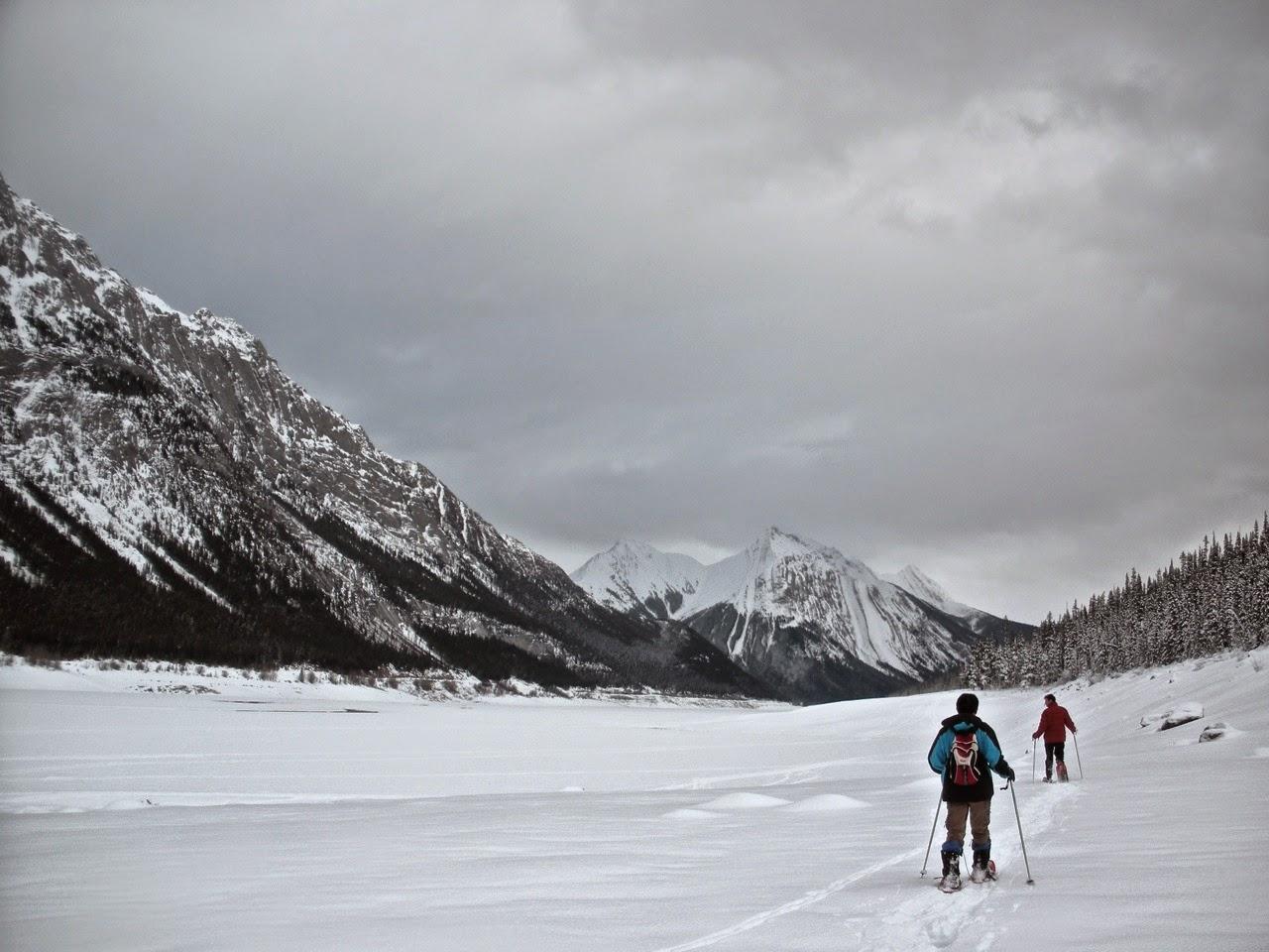 snowshoe medicine lake