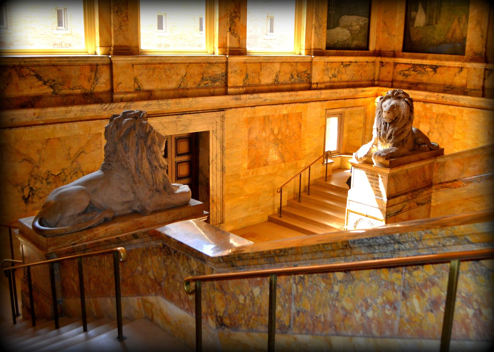 Boston Public Library, lions, stairs