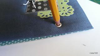 Как сделать ровные дырки в бумаге без дырокола