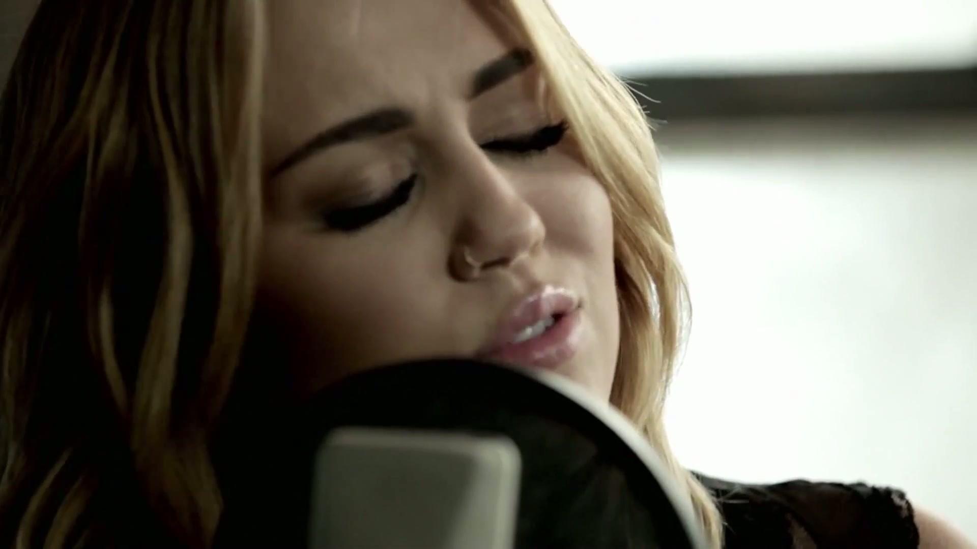 Equipe Cyrus // Sua fonte sobre Miley Cyrus: Fotos de Miley no  title=