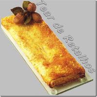 Strudel de Queijo, torta salgada com massa folhada.